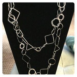 Jewelry - Silver geometric necklace